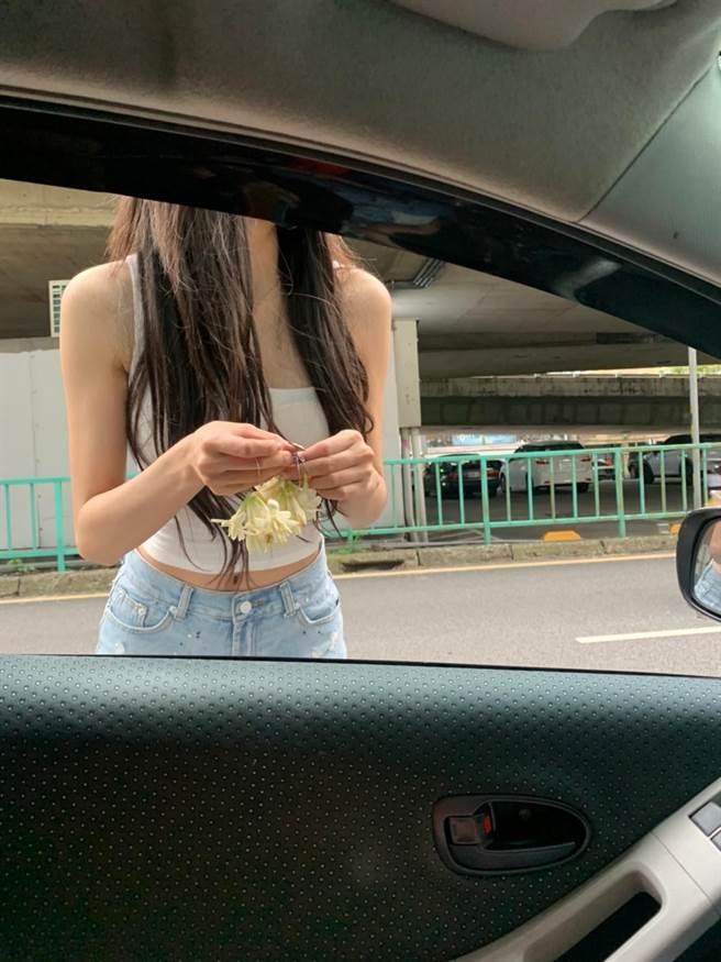 超正玉蘭花妹引暴全台男網友大喊下班後前往朝聖。(圖取自爆廢1公社)