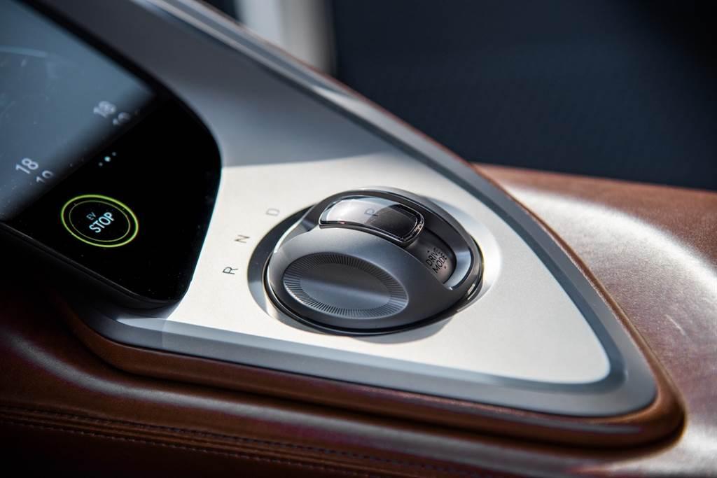 源自於 Essentia 的 GT 純電跑車,Genesis X Concept 美國洛杉磯初登場!