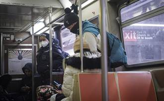 影》亞裔在美地鐵遭暴打鎖喉 乘客旁觀 警方要查