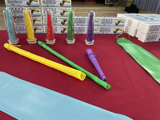 企業贊助西湖400份兒童節禮物 平面矽膠吸管環保又安全