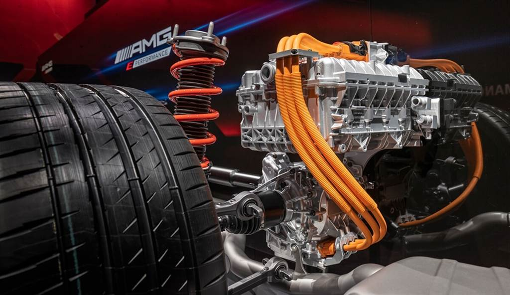 最大馬力突破800匹!深度剖析Mercedes-AMG全新四缸/八缸Hybrid電氣化架構