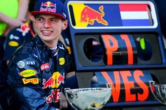 飆速求『真』!2021 F1賽季展開,Red Bull獨家首映F1車手Max Verstappen的『真實』飆速史