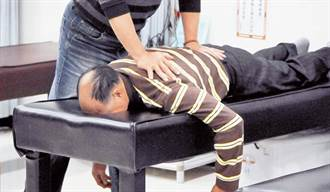 骨科醫:這些情況別試推拿、整骨 第4種恐致脊椎斷裂