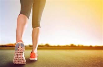 一放假才運動 筋骨疼痛拉傷時 除了冰敷還能怎麼辦?