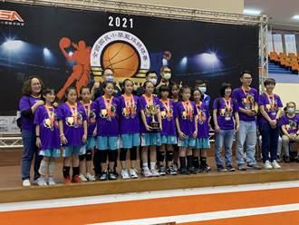 全國國小籃球錦標賽閉幕 江啟仁、連勝文同台頒獎