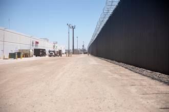 厄瓜多2幼女入美險沒命 遭從邊界高牆拋下沙漠
