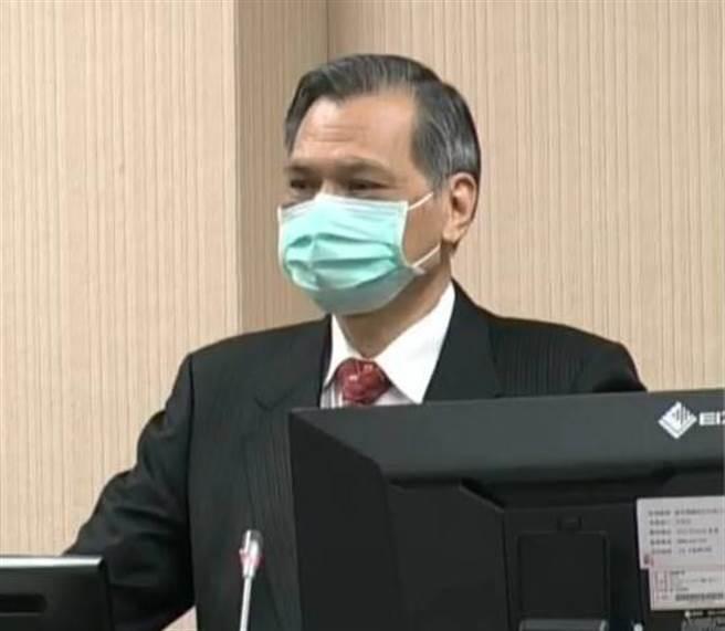 國安局長陳明通上午在立院備詢。(呂昭隆翻攝)