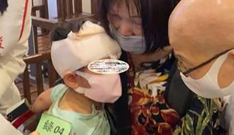 【太魯閣出軌】醫院搶救現場直擊 幼童頭包紗布媽心疼緊抱