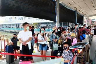 比228還要多人!清明連假首日小琉球人擠爆 業者笑:萬人登島不是問題