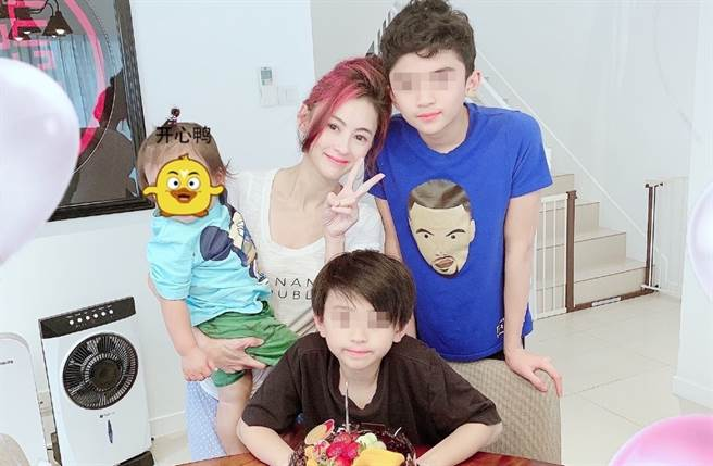 張柏芝育有3個兒子。(圖/翻攝自張柏芝微博)