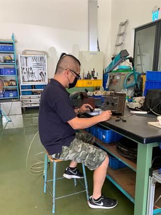 中彰投分署運用中高齡職務再設計 助老字號製造商打造友善職場