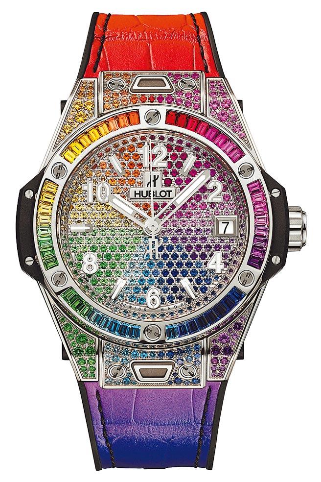 宇舶表Big Bang One Click彩紅寶石精鋼腕表,表殼、表盤和表圈上鑲滿彩色寶石,215萬9000元。(宇舶表提供)