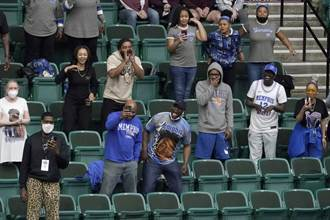 美國NCAA開放觀眾 23歲球迷染疫死亡