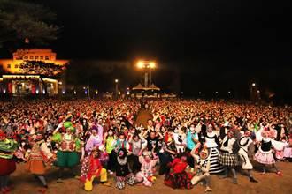紙風車劇團兒童節嘉縣演出《雞城故事》 湧入逾三千名劇迷同歡