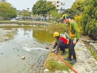 台中林宅魚池遇大旱 環保局送水救命