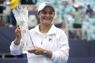 網球》爽坐球后引爭議 她怒回:這是我應得的名次