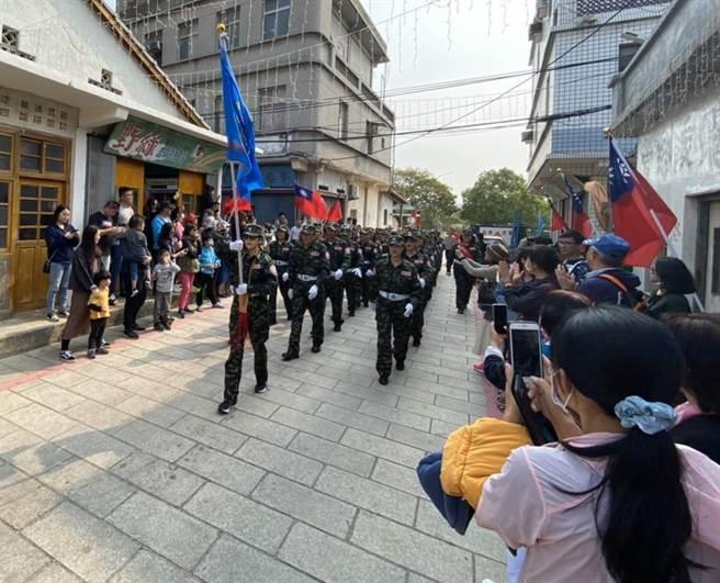 曾經是雙十國慶閱兵焦點的金門自衛隊,<b><a href=