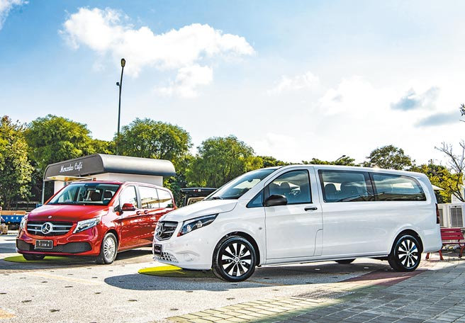 Mercedes-Benz Vito Tourer副駕為雙座設定,加上駕駛座及第二、三排3席座位,可提供9人同車乘坐,售價199萬元。(台灣賓士提供)
