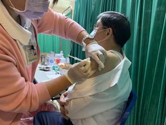 新冠肺炎疫苗6日起擴大施打對象 桃衛生局長帶頭接種