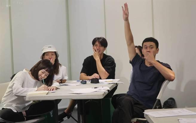 孫可芳、陳妤、龍語申、劉冠廷回歸《植劇場2》訓練。(拙八郎提供)