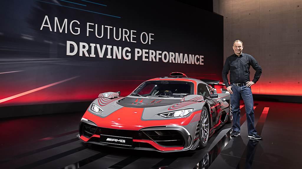 Mercedes-AMG執行總裁Philipp Schiemer接受了國外媒體的專訪,並表示待新一代SL車系推出後,GT Roadster將完全自目前的敞篷陣容編成中汰除。