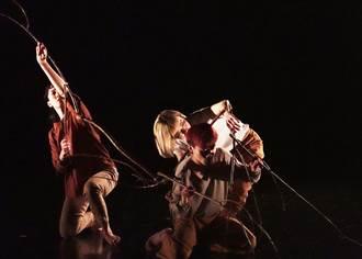 專訪》八年級編舞家林季萱 〈晨昏線〉讓舞者與樹枝共舞