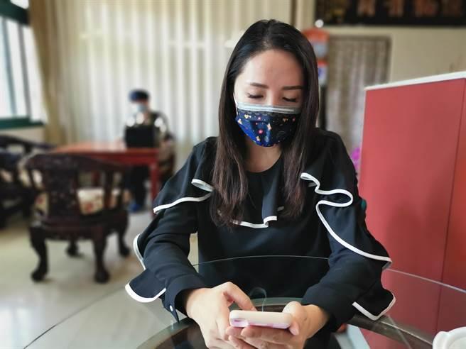 全國最美縣農會理事長陳怡樺,7日心疼愛子遭好友霸凌出面控訴。(謝明俊攝)