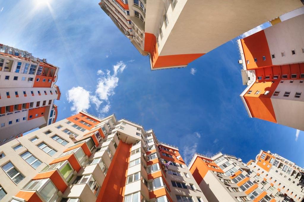 買房要考慮的因素眾多,選錯了不只影響生活品質,更是攸關未來脫手的價格。(示意圖/達志影像)