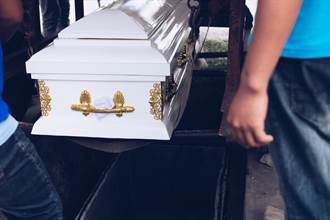 未參與太魯閣事件 遺體修復師狂收化妝品捐贈崩潰:假訊息