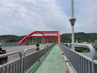 防民眾爬關渡橋跳水 公路總局6月前完成設標語、鋸除攀爬梯