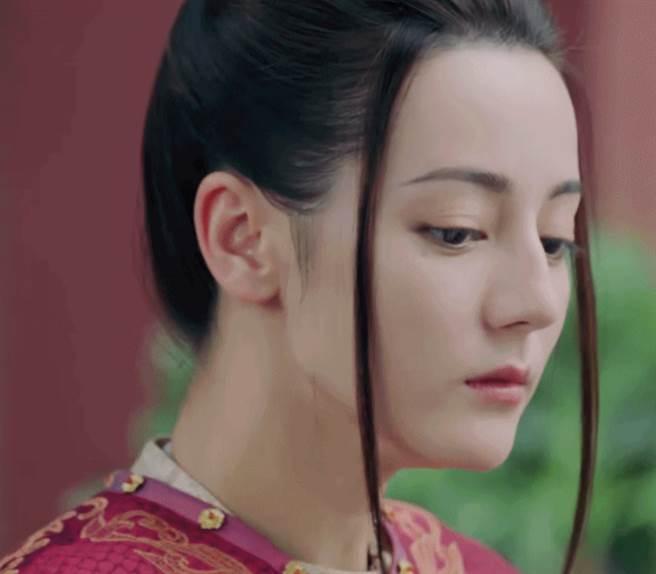女星迪麗熱巴近期出演古裝劇《長歌行》引起熱烈討論。(圖/ 摘自迪麗熱巴微博)