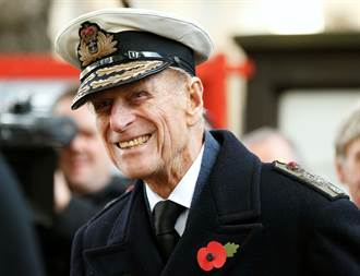 與英國女王結縭73年 菲利普親王2月住院 高齡99歲與世長辭