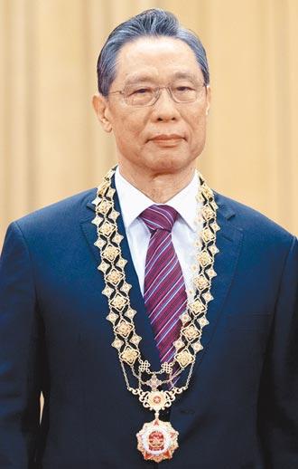 示警人傳人 鍾南山、李文亮成防疫英雄