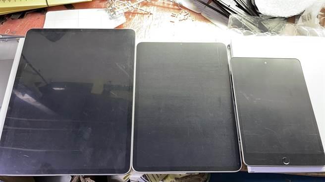 滿資深的爆料者Sonny Dickson分享宣稱是新iPad Pro以及iPad mini的樣機。(摘自Twitter)