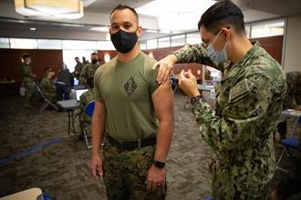 CNN:擔心新冠疫苗不安全 近40%美陸戰隊官兵拒打