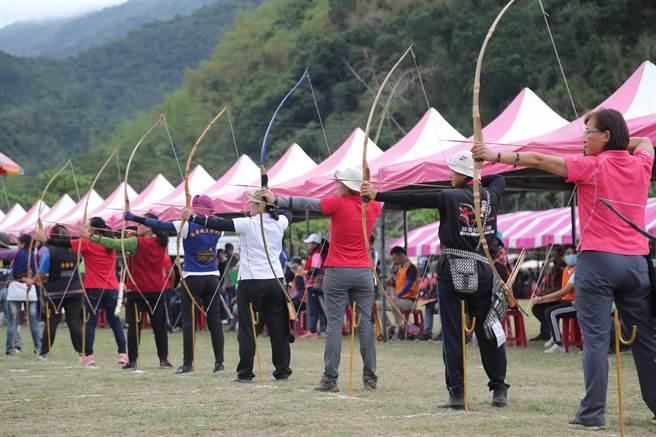 全國原住民傳統射箭比賽。(民眾提供/莊哲權台東傳真)