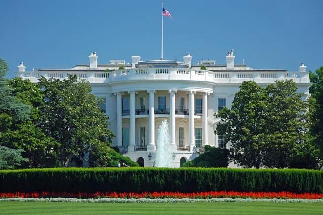 美國二度召開半導體峰會,各界巨頭風雲彙集,台積電也受邀,圖為美國白宮。(圖/達志影像)