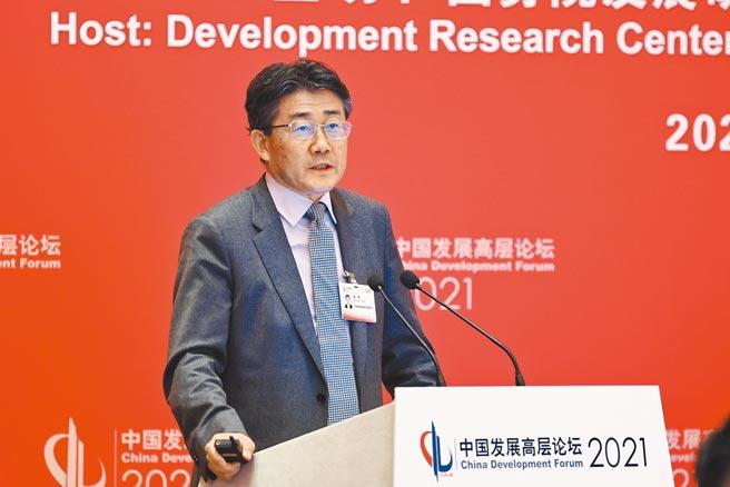 中國疾病預防控制中心主任高福首次正面回應去年疫情爆發初期,網路上對他的各種質疑,更讓他體會到「科學求真,行政求實」,一切爭議都讓結果說話。(中新社)