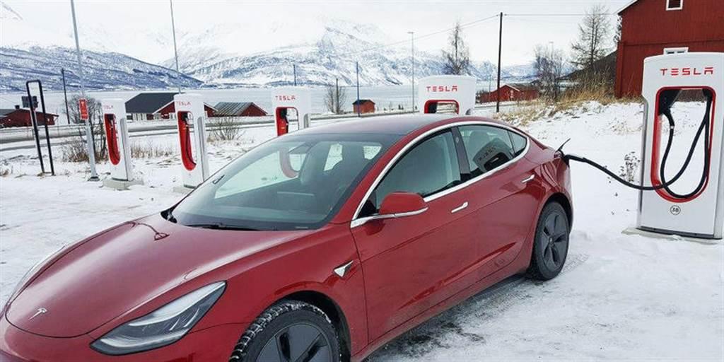 挪威 EV 市佔又一里程碑:三月新能源車銷售突破 90%,汽柴油車連一成都不到