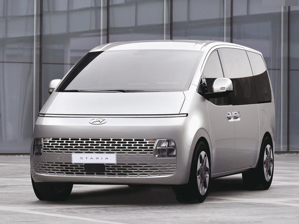 南陽實業規劃今年第四季導入現代最新MPV車款Staria,新車未來感十足的造型,還沒上市就已吸引買家高度關注。圖/業者提供