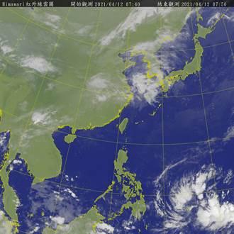 強大颱風最快2天後生成 大迴轉北上 下波變天驟降12度