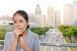 不同病因咳法不同 医提醒:这类咳嗽吃喉糖咳更凶