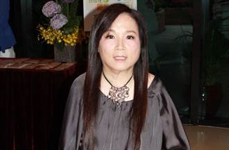 車禍四肢癱瘓29年 女歌手突逝世享年54歲