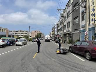 婦人自撞轎車倒地 遭大貨車右後輪輾過頭部 當場無生命跡象