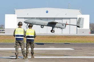 陸軍無人飛行載具組有編無裝