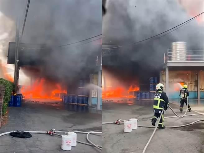 台中市丰原大道一家老字号油漆工厂今日(12日)上午11时许发生大火,现场窜出黑烟。(图/翻摄自脸书台湾新闻记者联盟资讯平台)