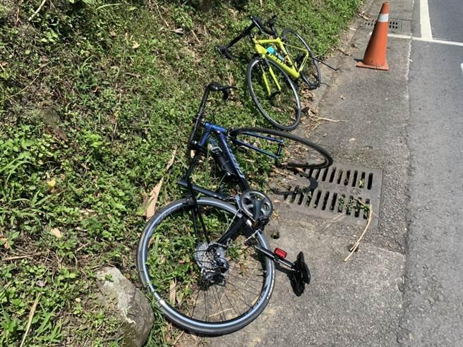 李男疑因車速過快急煞自摔,頭部著地連安全帽都撞破,李男經急救後於下午宣告不治。(翻攝照片)