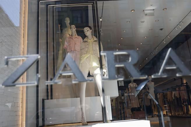 包括Zara、優衣庫、Sandro 以及Skechers近日在巴黎遭人權團體與個人以侵犯人權的罪名提起訴訟。圖為ZARA在大陸的經銷門市。(圖/路透)