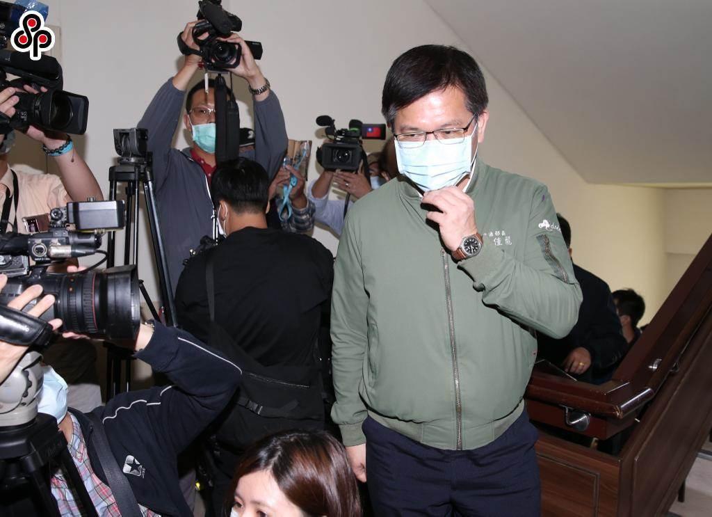 民調結果顯示,有49%民眾認為交通部長林佳龍應該為太魯閣號事故下台負責。(本報資料照)