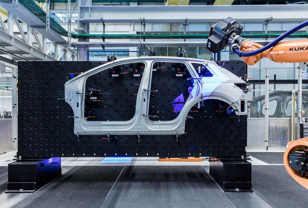 Audi Q4 e-tron身形精度 來自精準重達47噸的模具